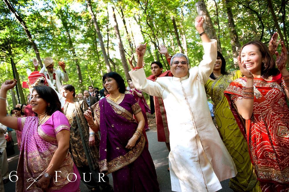 Indian_Wedding_Cator_Wolford_Gardens__Atlanta_dancing_celebration